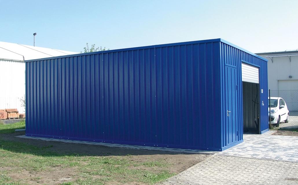 Flachdachhalle LS Lagerhallen mit Rolltor und Außenlackierung